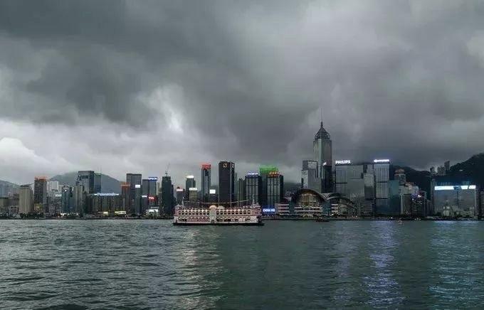 經濟烏雲籠罩香江,止暴制亂迫在眉睫  獨家